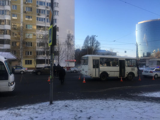 В Самаре водитель автобуса насмерть сбил женщину