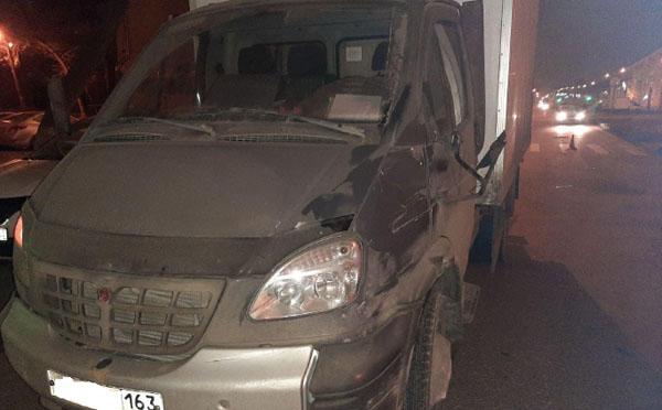 В Самаре ночью фургон сбил пешехода на переходе   CityTraffic