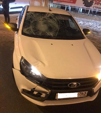 В Самаре пьяный пешеход попал под колеса и получил перелом таза | CityTraffic