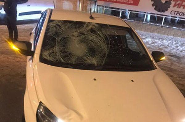 В Самаре пьяный пешеход попал под колеса иполучил перелом таза