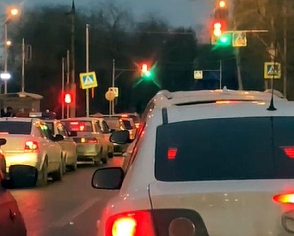 """Для водителей Самары """"зеленый"""" горит 10 секунд: видео"""