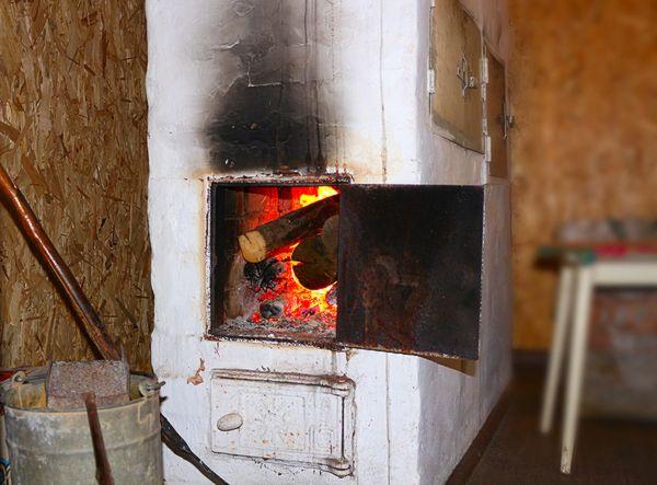 В селе под Сызранью субботним утром тушили печь | CityTraffic