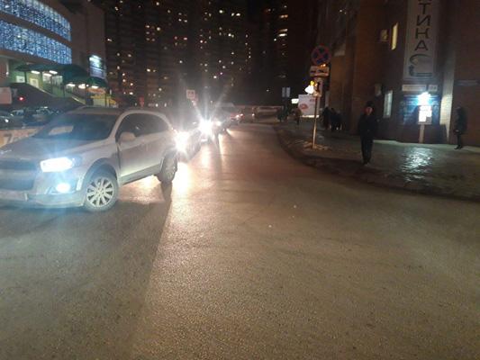 В Самаре водитель отвез в больницу сбитого пешехода-нарушителя и вернулся на место ДТП ждать полицию | CityTraffic