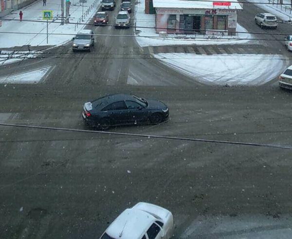 «Хватит врать»: жители Тольятти не верят отчету администрации о бойкой борьбе с последствиями снегопада | CityTraffic
