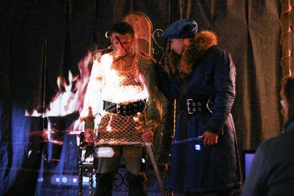 """Зэки из Тольятти сыграли Шекспира под руководством звезды сериала """"Тайны следствия"""""""