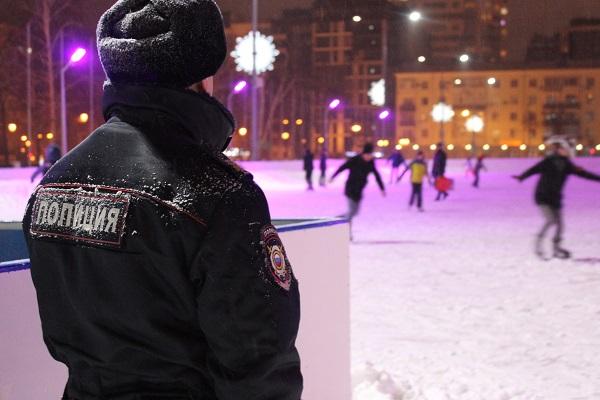 В новогодние праздники в Самаре покой граждан охраняли более 5,5 тысяч сотрудников полиции | CityTraffic