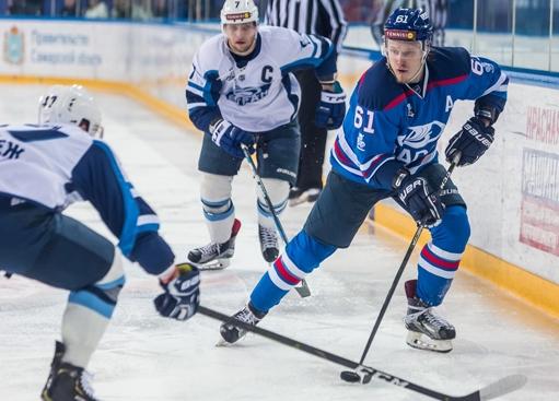Хоккейная «Лада» выиграла первый матч без Титова   CityTraffic