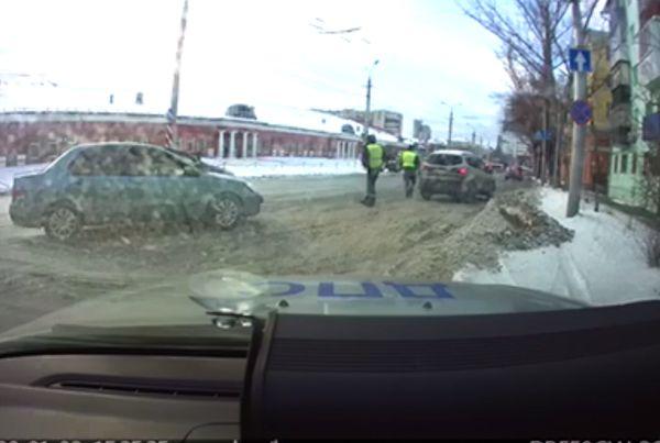 В Самаре задержали пьяного водителя уборочной машины | CityTraffic