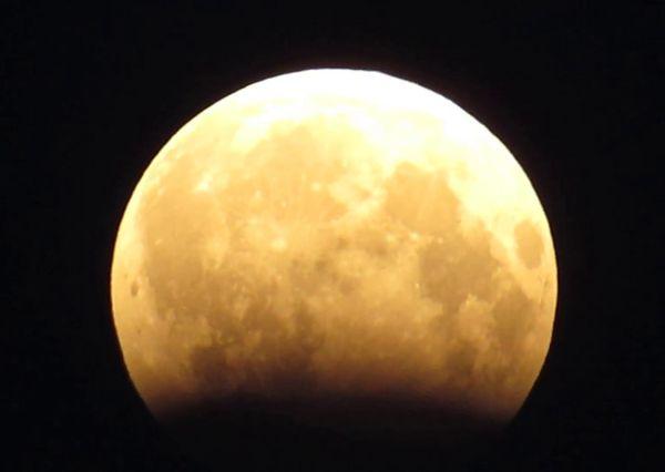 В ночь на 11 января произойдет затмение Луны: видео | CityTraffic