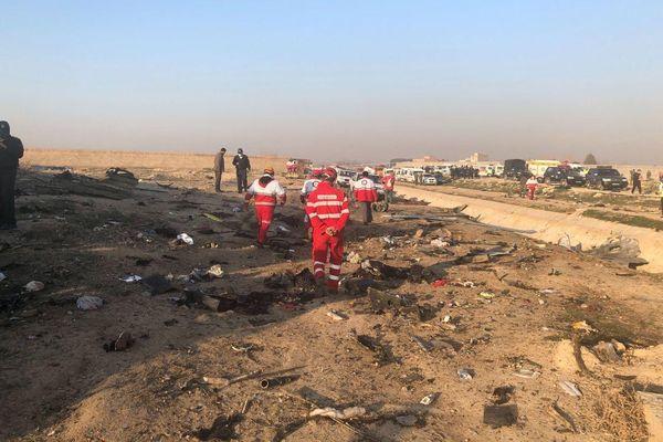Власти Украины: на борту упавшего в Иране Боинга было 177 человек | CityTraffic