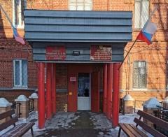В Чапаевске в отделе полиции стена обрушилась на рабочих, один человек погиб: видео   CityTraffic