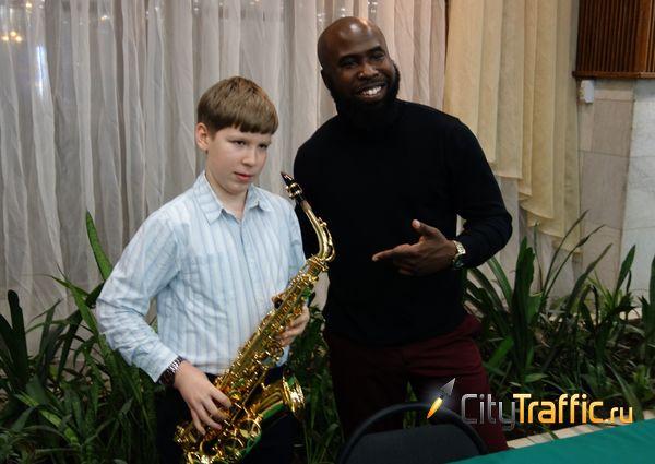 Ремей Уильямс подарил жителям Тольятти джаз и признался в любви к русским слушателям: видео | CityTraffic