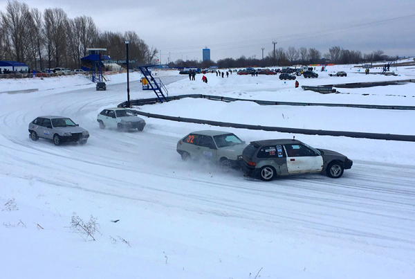 Кто получит Кубок Тольятти по ледовым гонкам, станет известно 23 февраля   CityTraffic