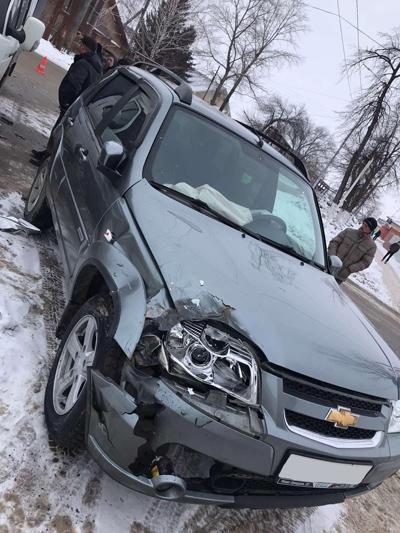 """В Самарской области пострадала пассажир иномарки, в которую врезалась """"ГАЗель""""   CityTraffic"""