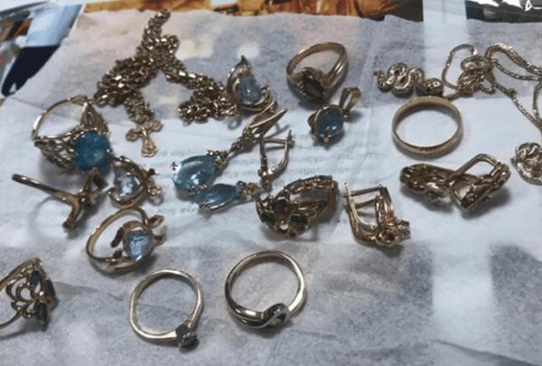В Самарской области разыскивают мошенниц, обокравших пожилую женщину | CityTraffic