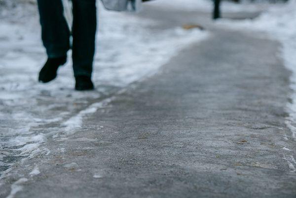 Прокуроры требуют от коммунальщиков Самары почистить дороги в Промышленном районе   CityTraffic