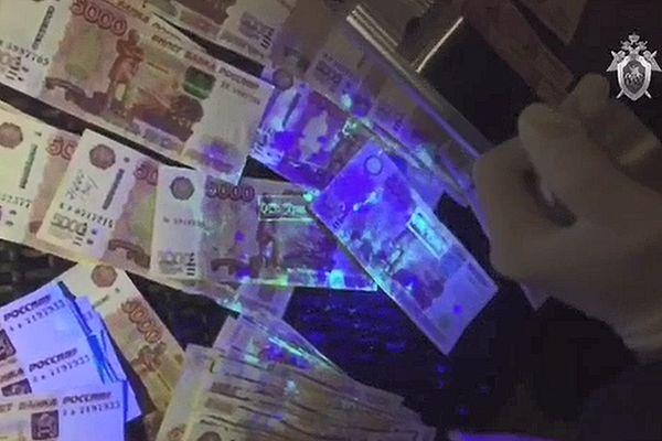 В Тольятти возбудили уголовное дело против судьи, который вымогал 1млн рублей взятки: видео