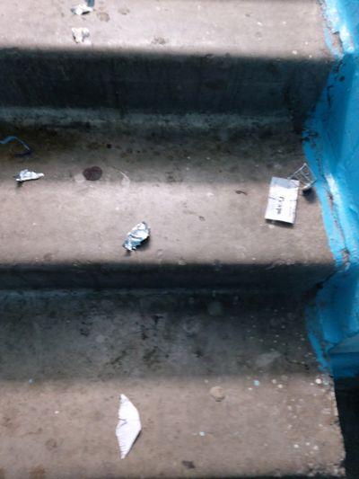 """Житель Тольятти украл 10 бутылок """"Мартини"""" и выпил его в подъезде   CityTraffic"""
