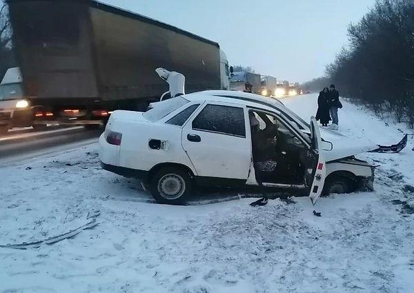 Пять человек пострадали в аварии на трассе М-5 в Самарской области | CityTraffic