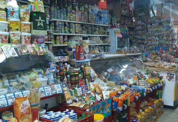Мошенник из Тольятти ушел из магазина Жигулевска с икрой, колбасой и сыром на 3 тысяч рублей | CityTraffic