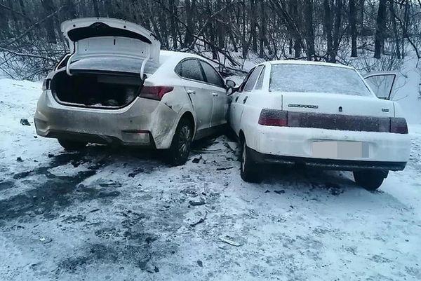 Пять человек пострадали ваварии на трассе М‑5 вСамарской области