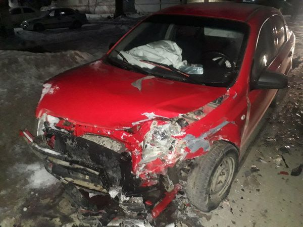 В Нефтегорске в больницу попал пассажир машины, которой пенсионер не уступил дорогу | CityTraffic