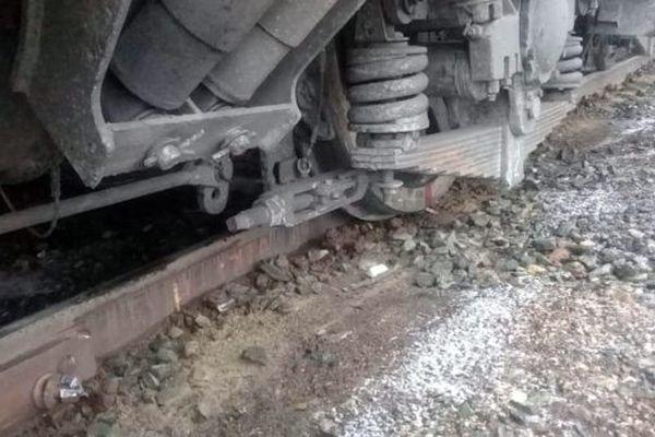 В Самарской области на железной дороге сошел с рельсов электровоз   CityTraffic