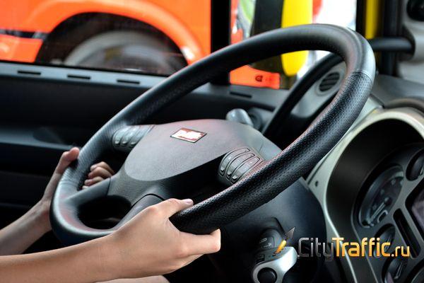Так ли опасны женщины за рулём, как об этом рассказывают мужчины | CityTraffic