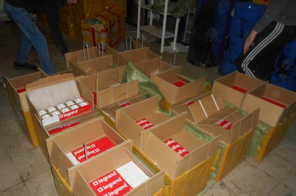 Самарские таможенники изъяли партию контрафактных игрушек, которые везли в РФ из Казахстана | CityTraffic