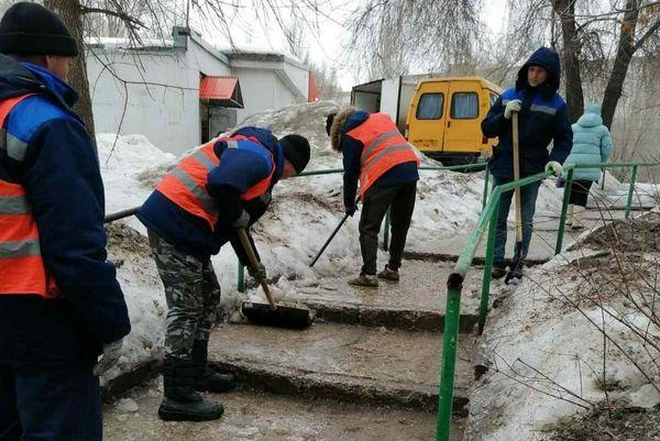 В Самаре в первую весеннюю ночь на дороги высыпали 82 тонны реагентов | CityTraffic