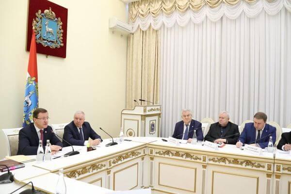 В Самарской области голосование по поправкам к Конституции предложили совместить с голосованием по трате 1,5 млрд рублей президентского гранта | CityTraffic