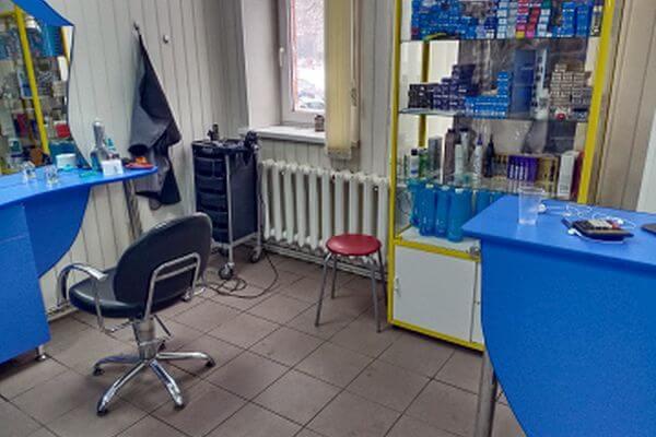 Житель Тольятти похитил у парикмахера телефон и продал его прохожему за 500 рублей | CityTraffic