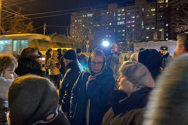 В Самаре после обрушения стены дома на Арцыбушевской в больницу попали женщина и два ребёнка   CityTraffic