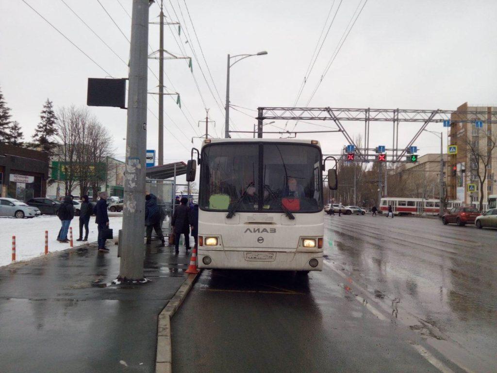 В Самаре автобус сбил 19-летнего пешехода | CityTraffic