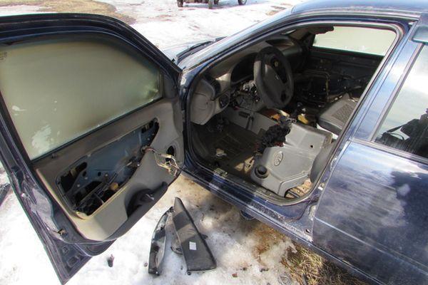 В Жигулевске автомеханик угнал и поджег автомобиль своей клиентки | CityTraffic
