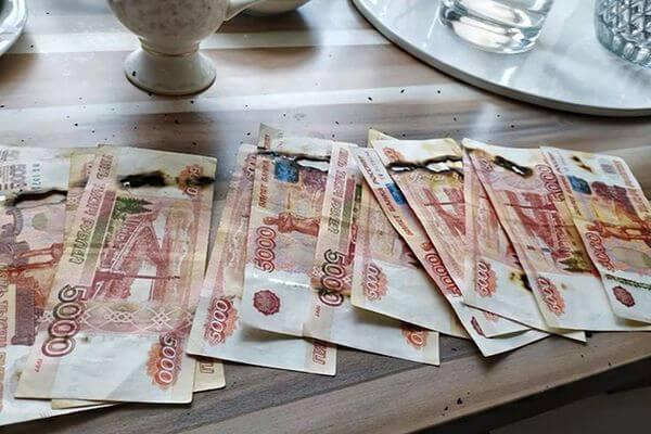Жительница Москвы отправила в топку 65 тысяч рублей, обеззараживая их от коронавируса | CityTraffic