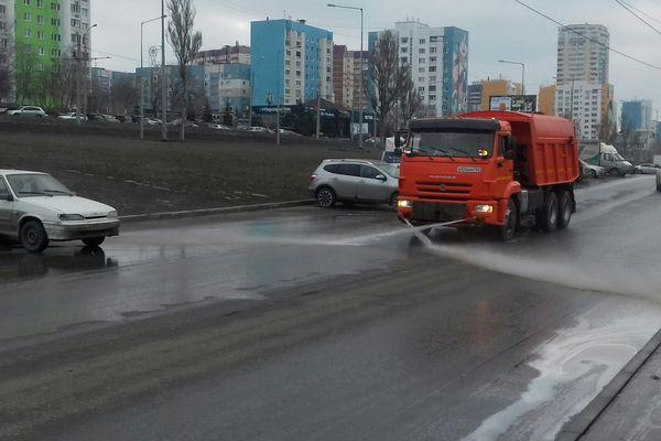 В Самаре дублер Ново-Садовой вымыли с шампунем: видео | CityTraffic