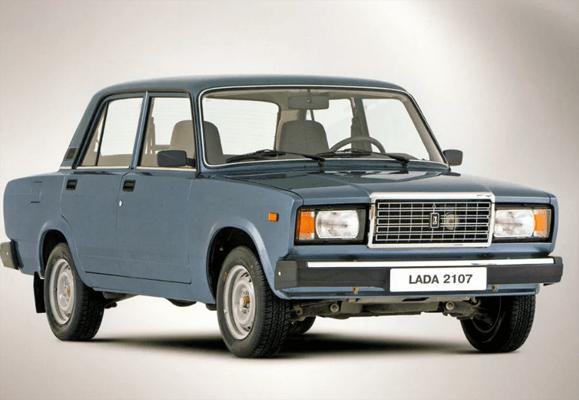 Самой распространенной моделью российского автопарка является LADA 2107 | CityTraffic