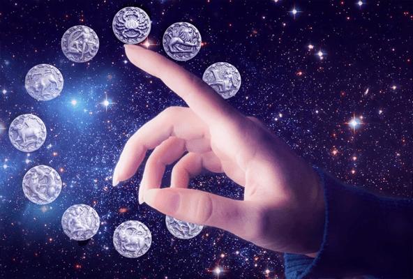 Каждый пятый россиянин хотя бы раз обращался к магам или астрологам для решения рабочих вопросов | CityTraffic
