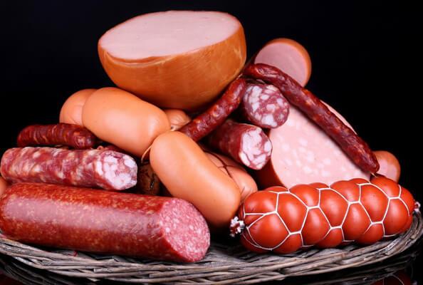 В Самаре уничтожили 137 кг мяса и колбасы | CityTraffic
