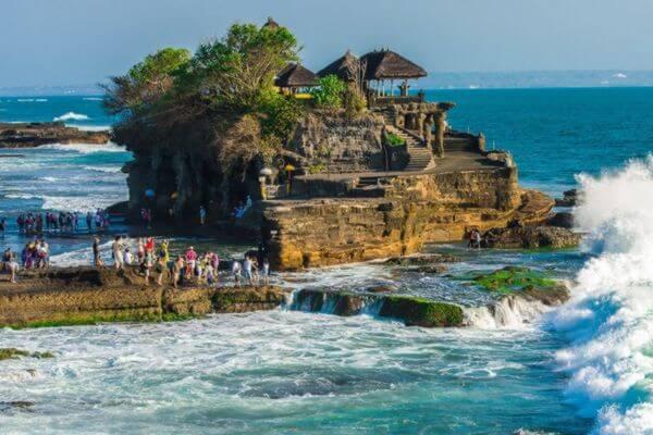 Зараженная коронавирусом жительница Ульяновской области возвращалась сострова Бали через Сызрань