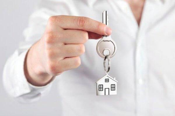 Не обеспеченным жильем медикам дадут служебные квартиры в Самарской области | CityTraffic