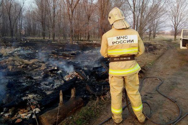 За сутки в Самарской области пожарные 9 раз тушили траву | CityTraffic
