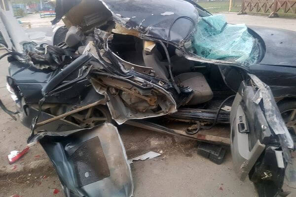 Житель Самары устроил аварию с 3 автомобилями и скрылся, оставив свою раненую пассажирку | CityTraffic