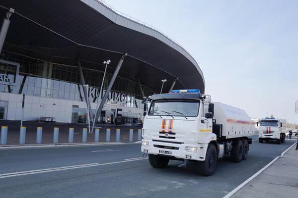 МЧС провела дезинфекцию в аэропорту Самары: видео | CityTraffic