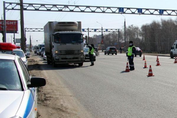 В Тольятти задержали мигранта на грузовике с поддельными правами | CityTraffic