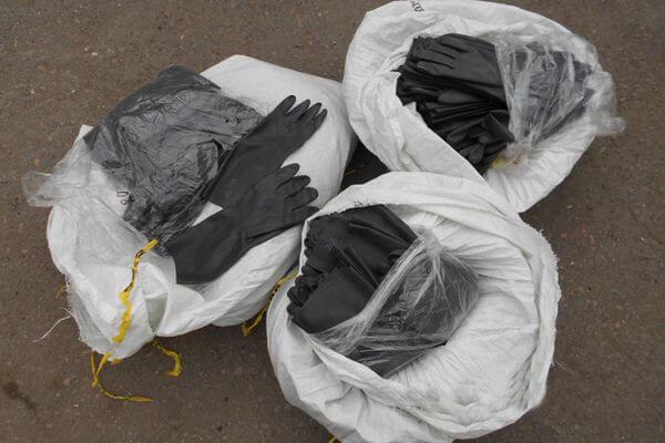 Самарские таможенники пресекли контрабанду защитных комбинезонов, перчаток и масок | CityTraffic