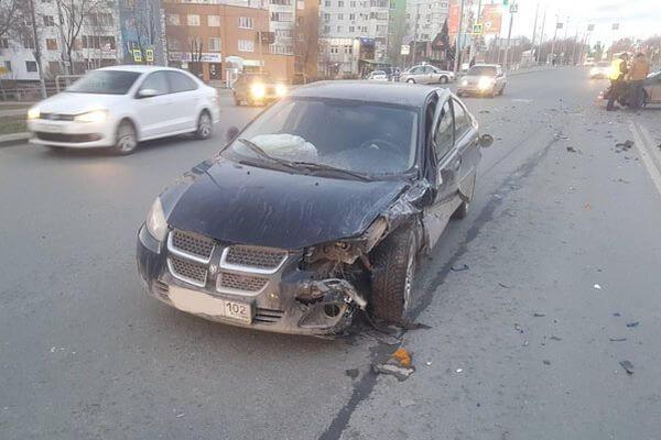 В Самаре столкнулись машины из Ульяновска и Башкортостана | CityTraffic