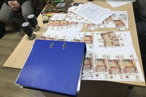 В Самарской области за взятку под суд пойдет директор профучилища | CityTraffic