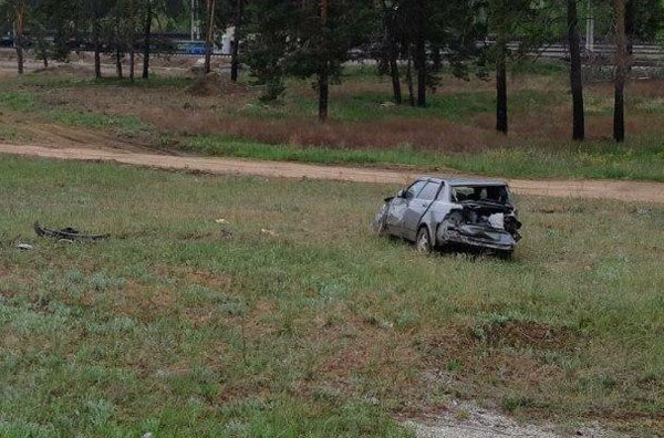 На автодороге Волжский-Курумоч-Урал перевернулась «Лада Приора», водитель погиб   CityTraffic